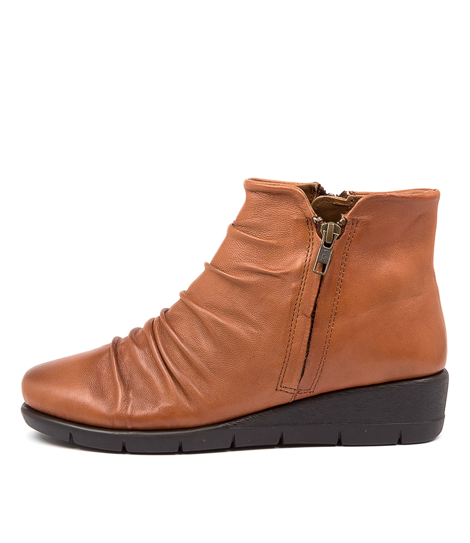 Buy Supersoft Maxie Su Dk Tan Ankle Boots online with free shipping