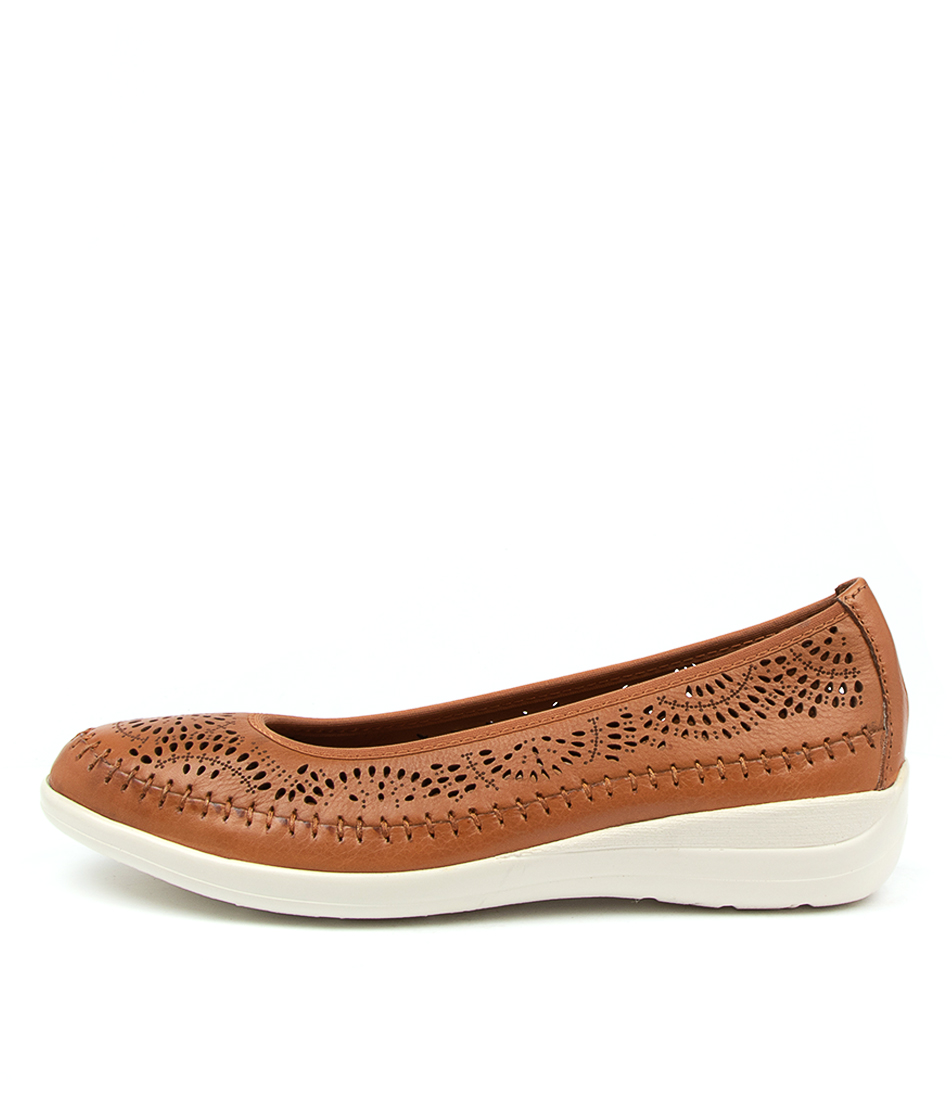 Buy Supersoft Bracken Su Tan Flats online with free shipping