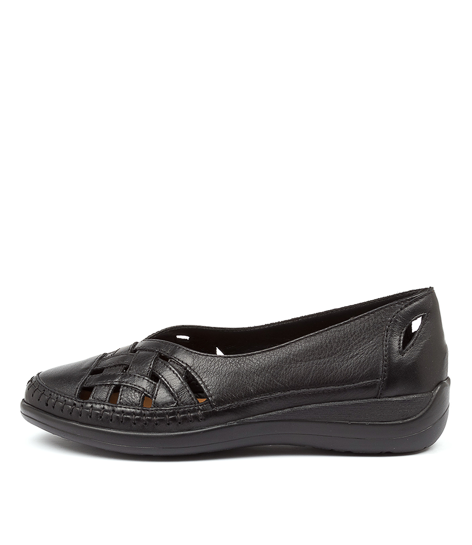 Buy Supersoft Bruin Su Black Flats online with free shipping