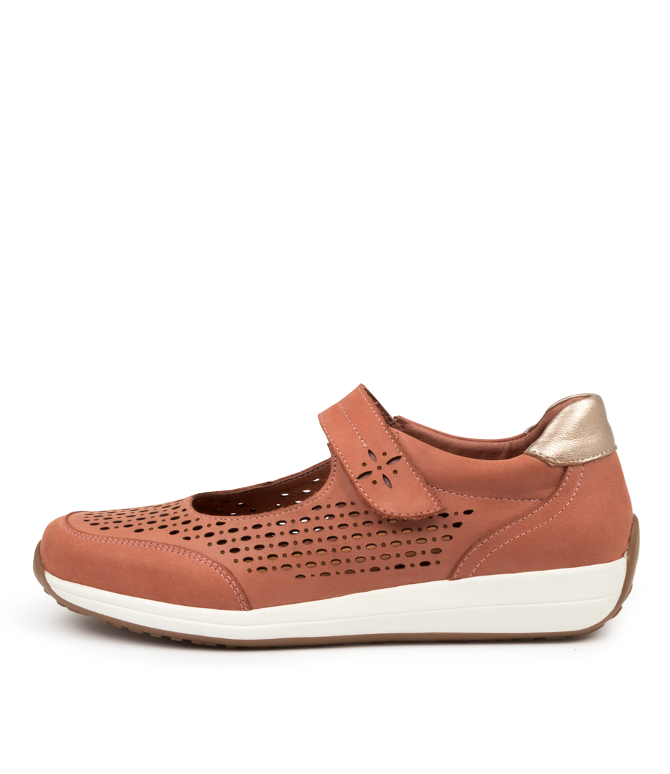 Buy Supersoft Barwon Su Terracotta Champagne Flats online with free shipping