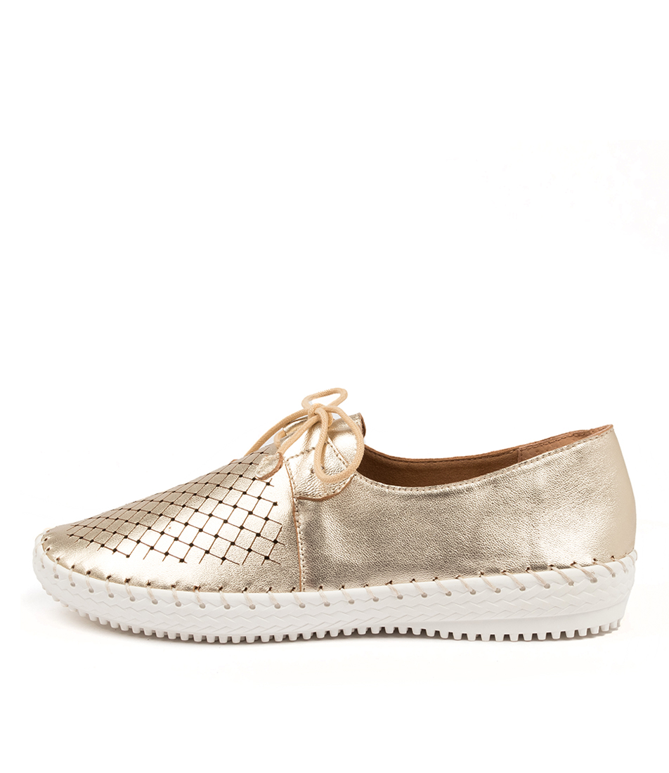 Buy Supersoft Wonder Su Platinum Flats online with free shipping