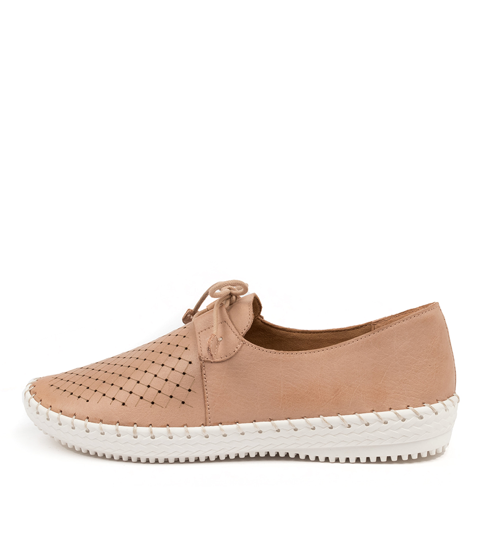 Buy Supersoft Wonder Su Blush Flats online with free shipping