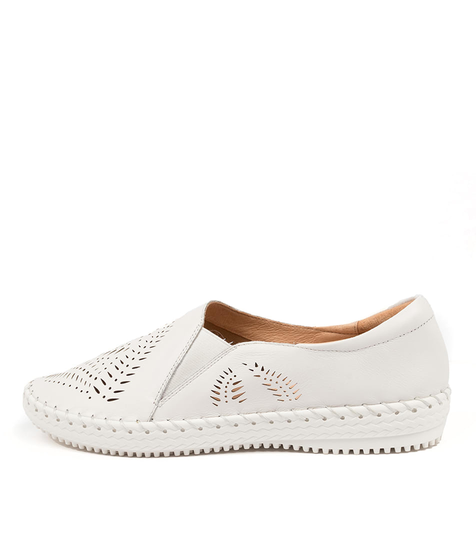 Buy Supersoft Wyomia Su White Flats online with free shipping
