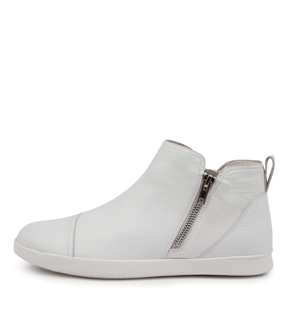 Buy Supersoft Abbott Su White Ankle Boots online with free shipping