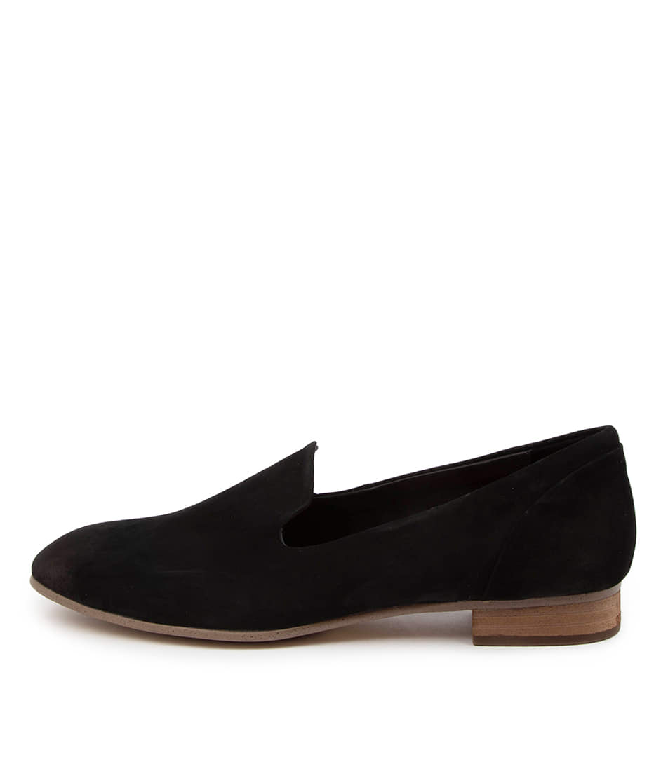 Buy Supersoft Javi Su Black Natural Heel Flats online with free shipping