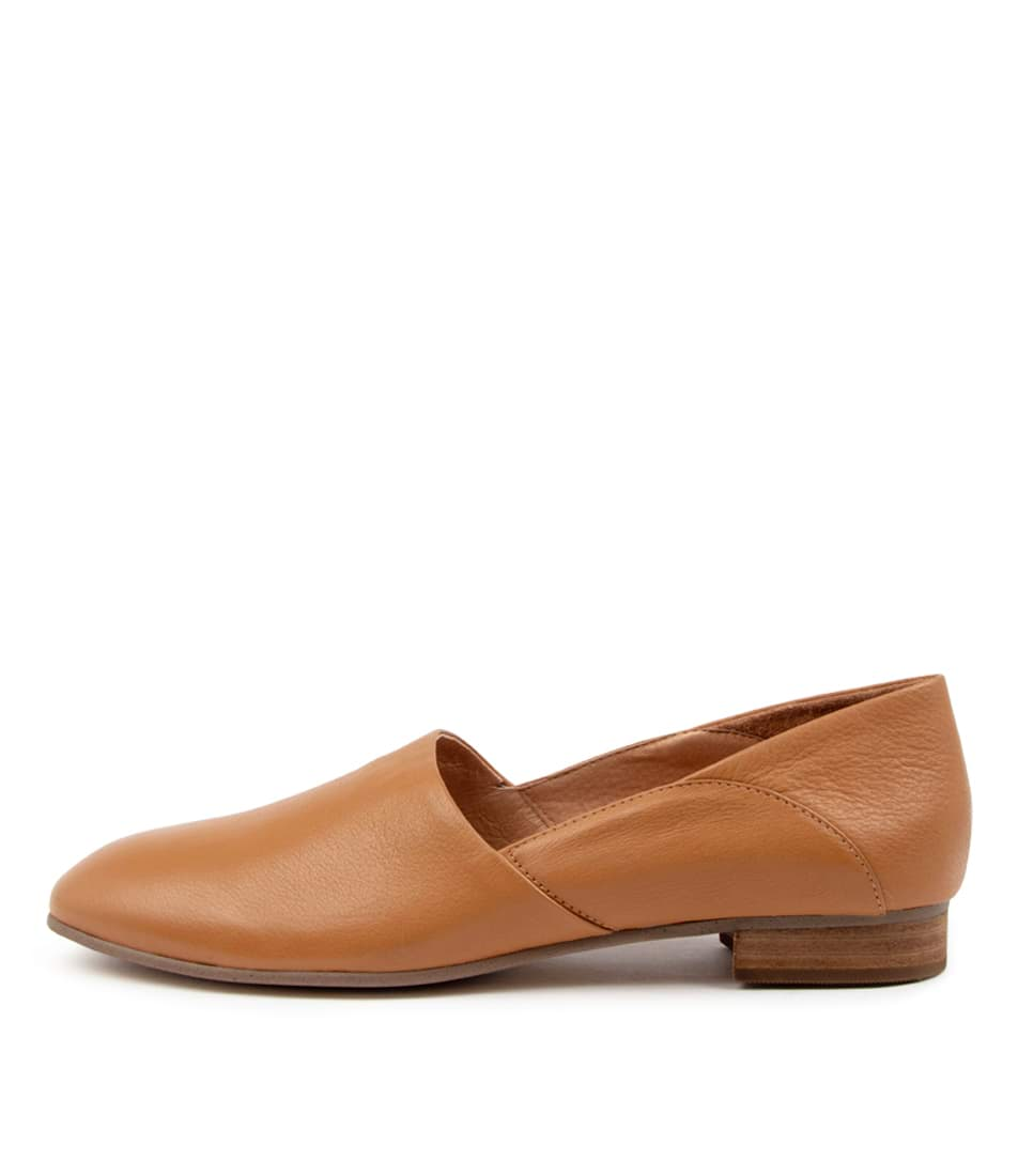 Buy Supersoft Jelene Su Dk Tan Flats online with free shipping