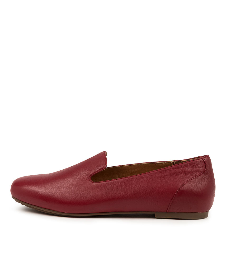 Buy Supersoft Gayla2 Su Pinot Flats online with free shipping