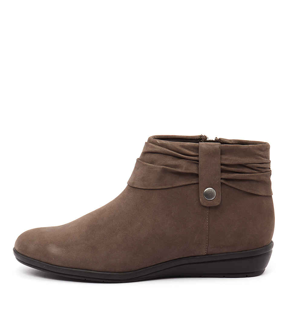 Supersoft Floyd Taupe Ankle Boots
