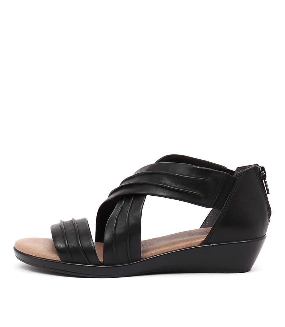 Supersoft Vora Black Sandals
