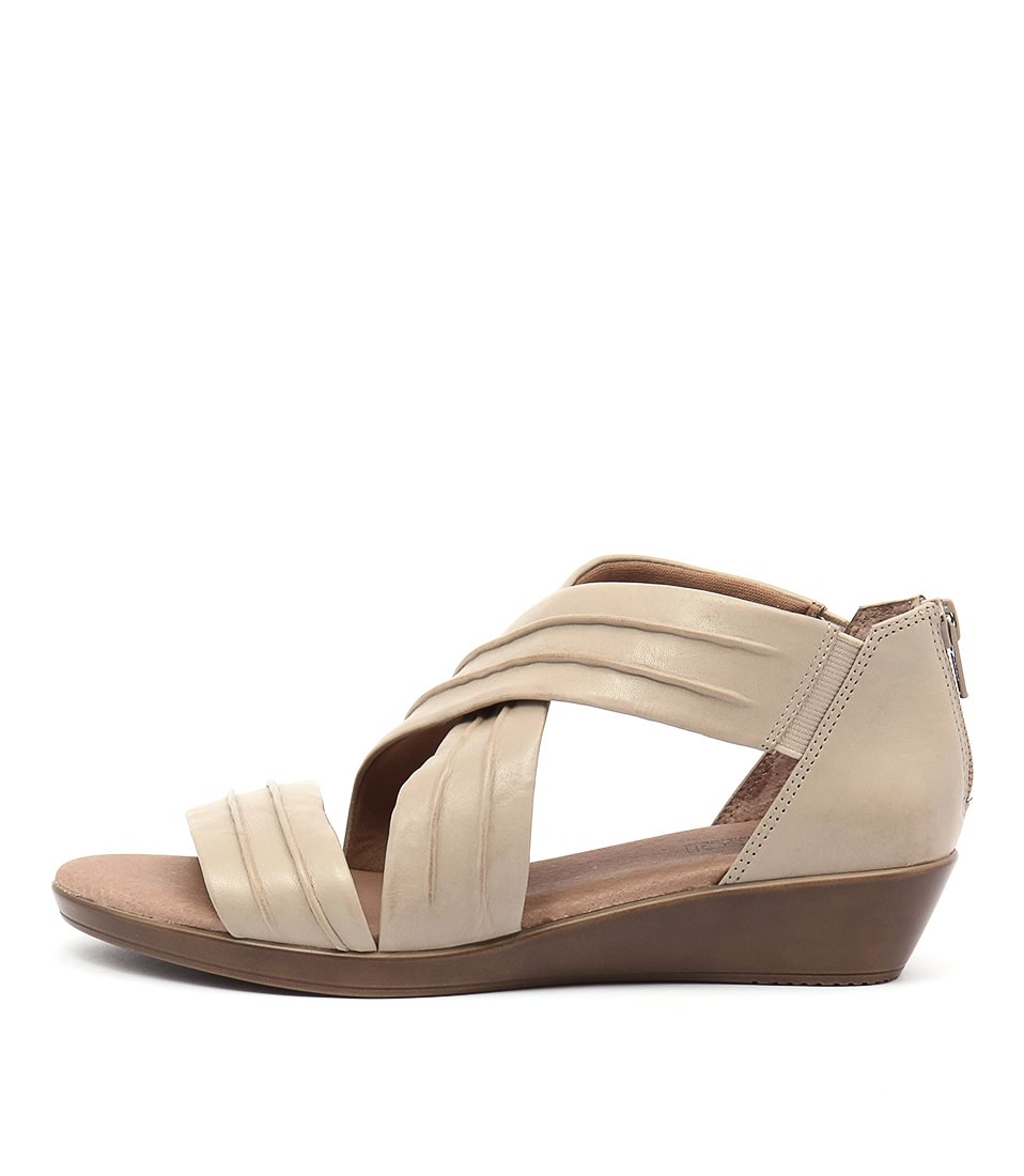Supersoft Vora Oatmeal Casual Heeled Sandals