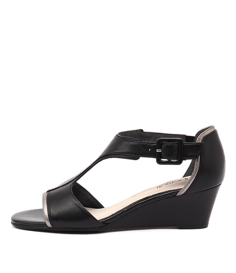 Supersoft Kavita Black Sandals