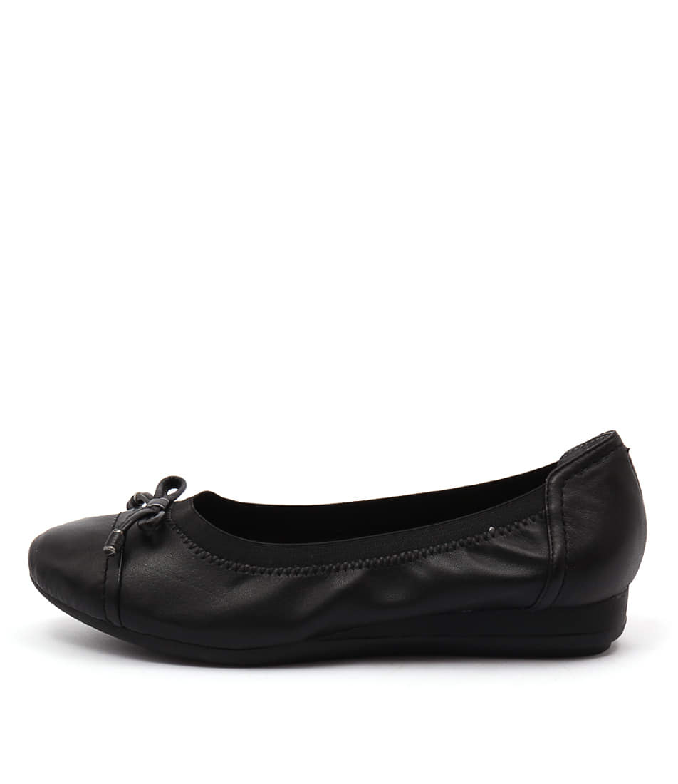 Supersoft Napa Black Flats