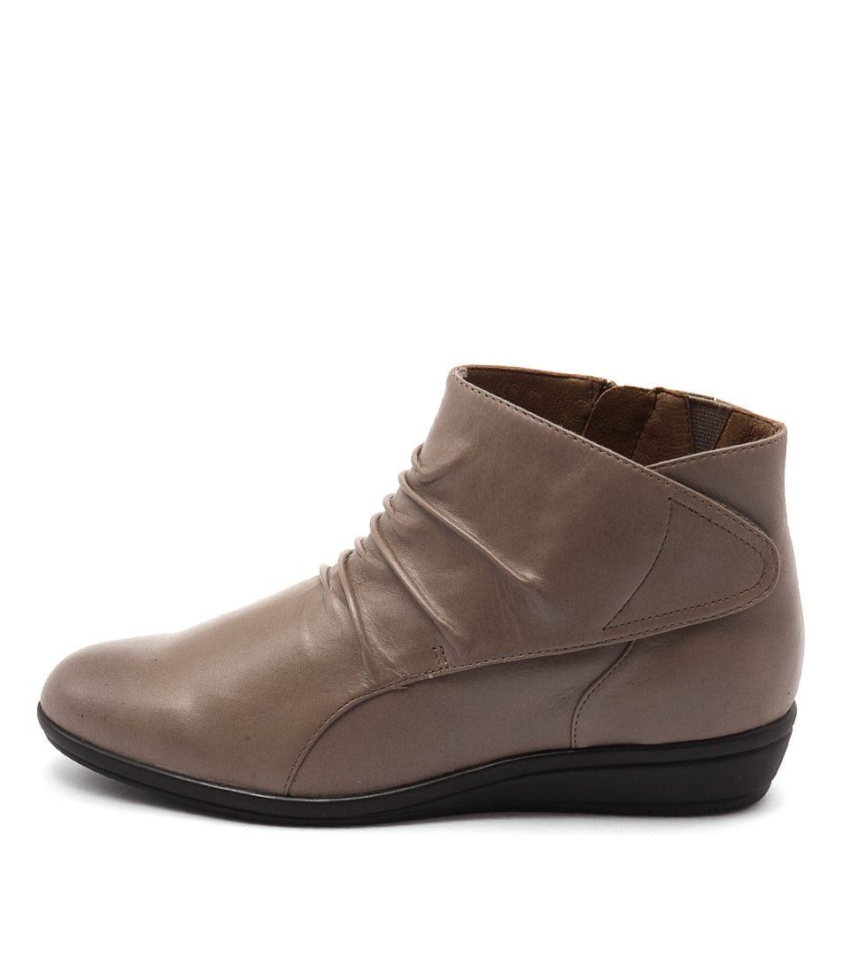 Supersoft Finnic Taupe Ankle Boots