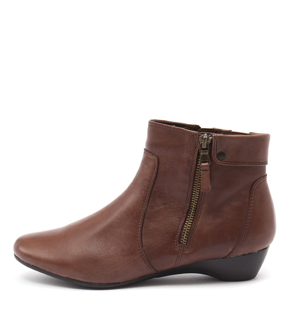 Supersoft Dara Su Brown Ankle Boots