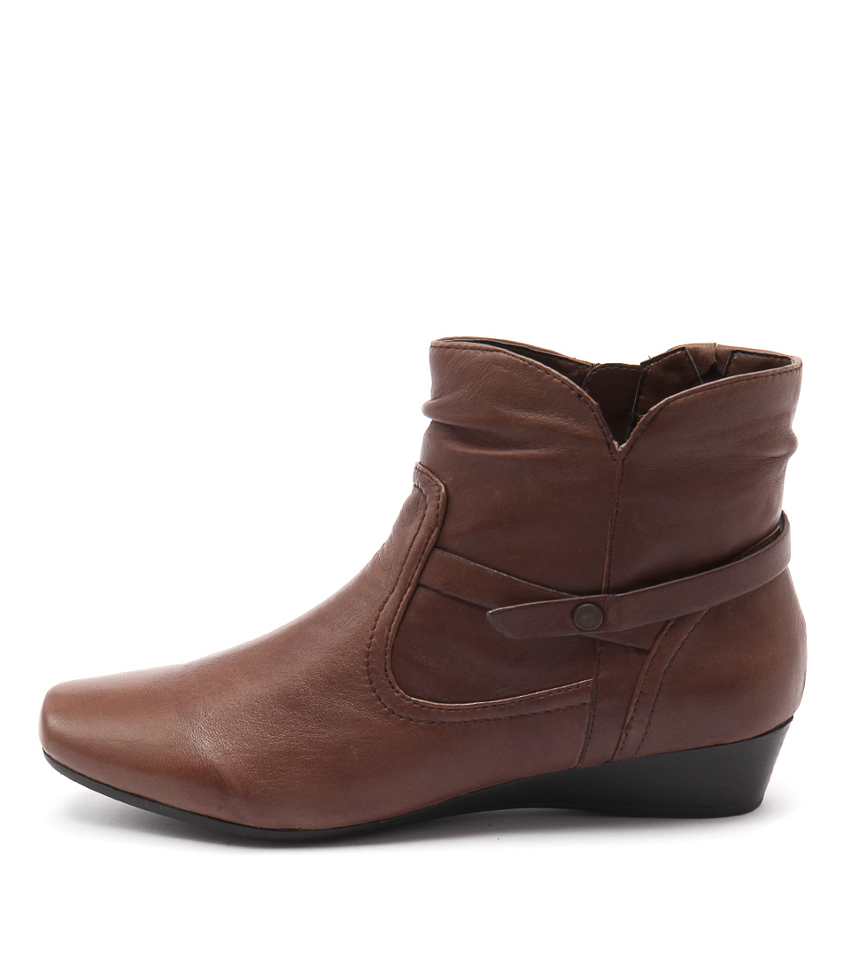 Supersoft Rachille Brown Ankle Boots