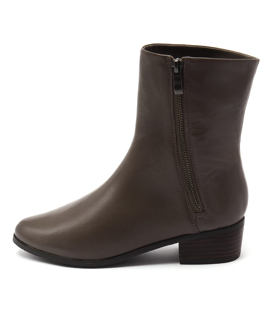Supersoft Estrella Taupe Casual Ankle Boots