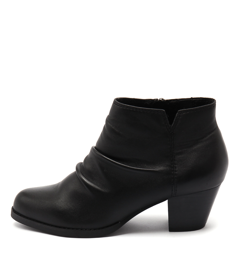 Supersoft Tarryn Black Boots