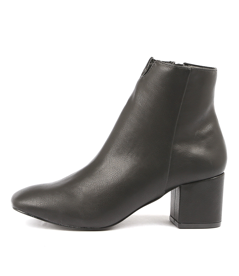 Therapy Cashion Black Ankle Boots