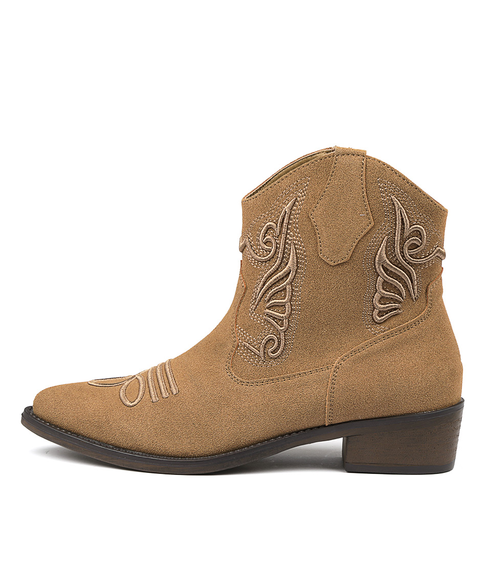 Therapy Bayou Camel Ankle Boots