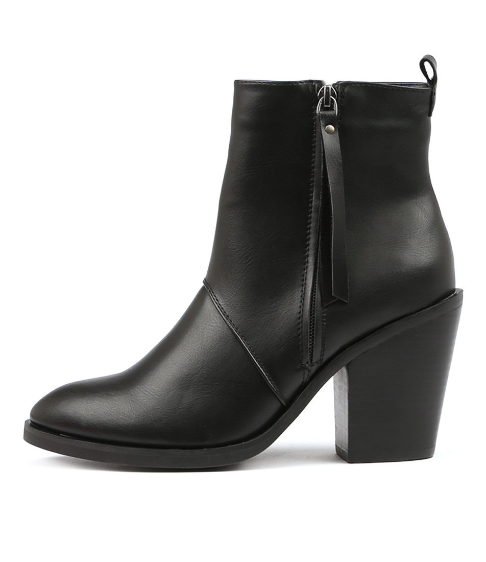 Therapy Rowlett Black Ankle Boots