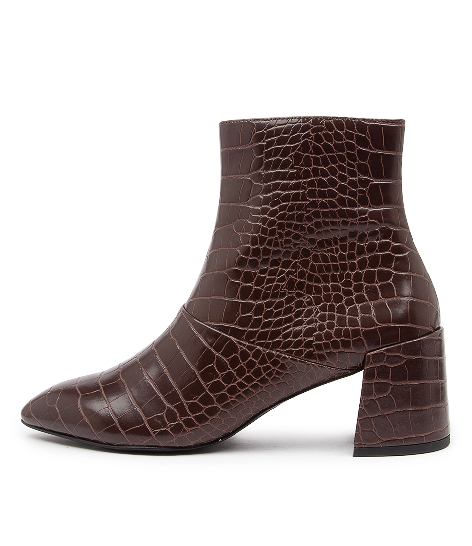 Buy Therapy Sidney Th Choc Ankle Boots online with free shipping