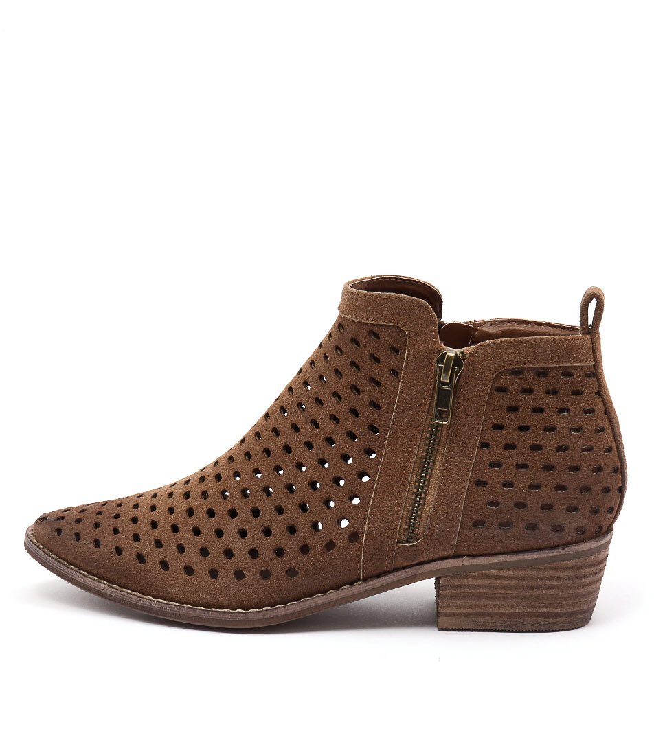 Therapy Navarro Tan Ankle Boots