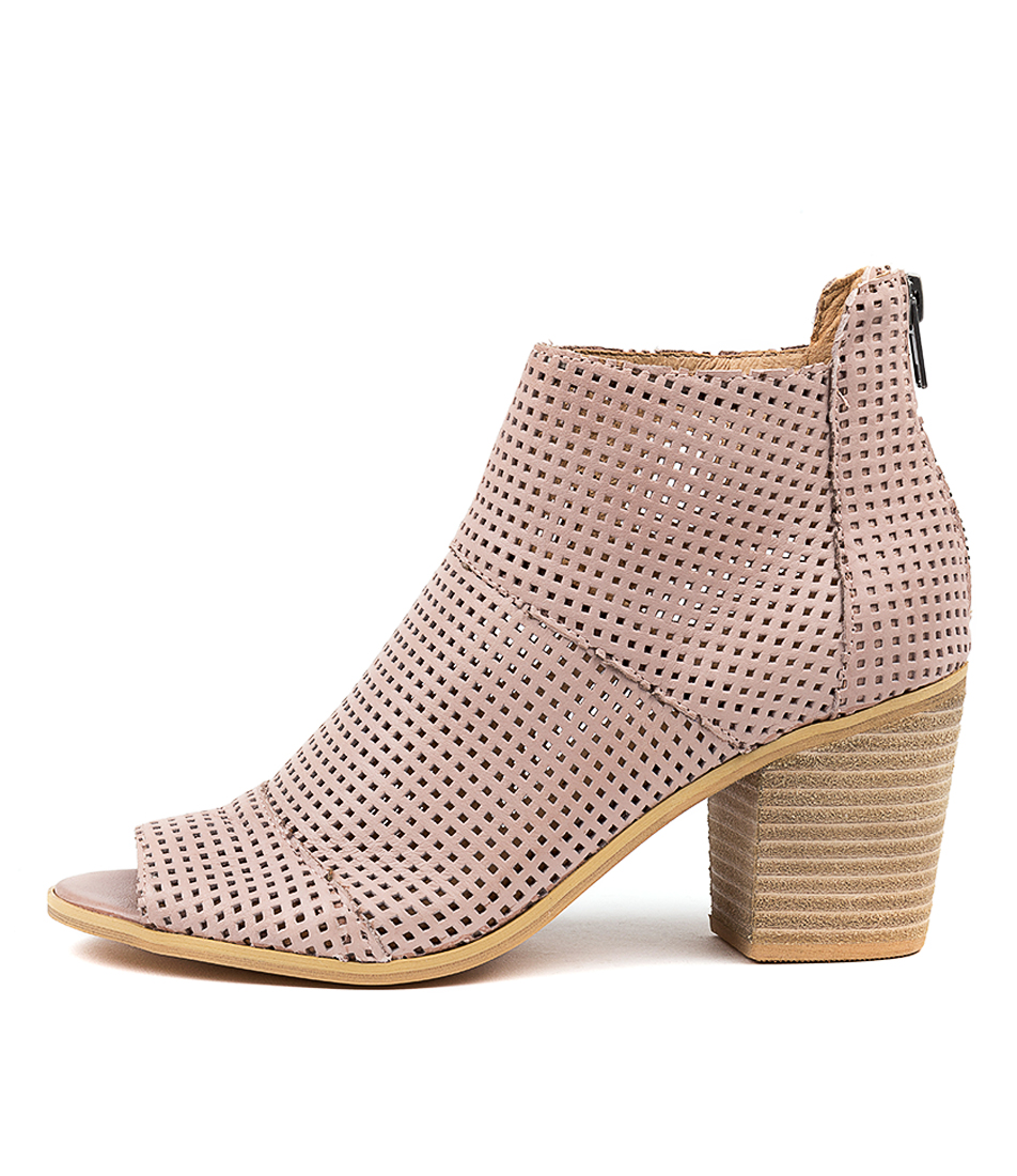 Buy Top End Gulf Rose Ankle Boots online with free shipping