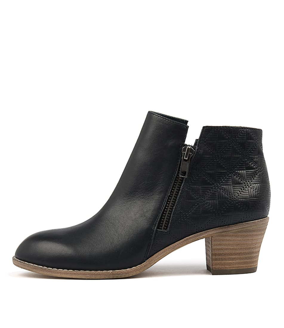 Top End Indy Navy Casual Ankle Boots