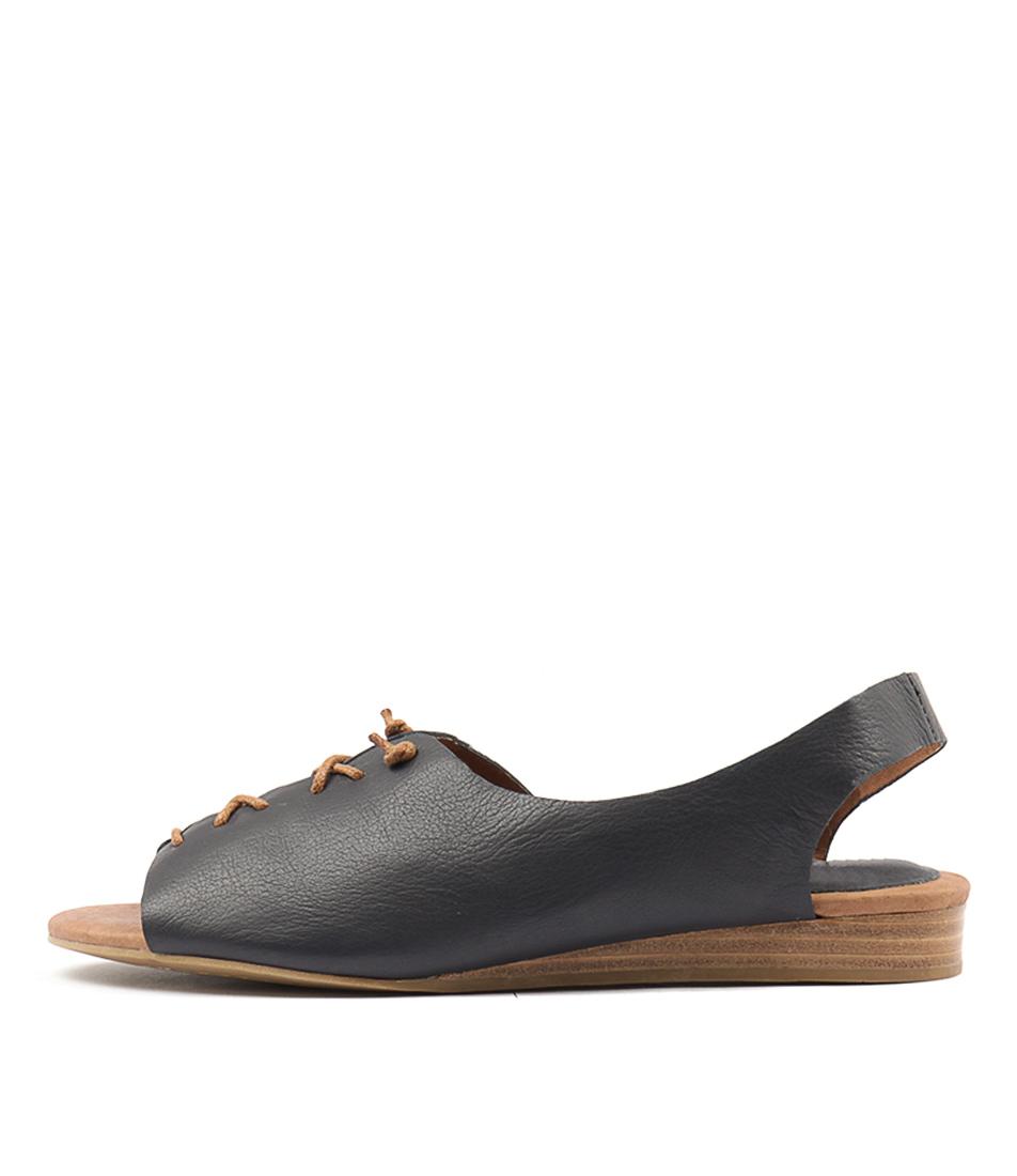 Top End Nemesay Navy Flat Sandals