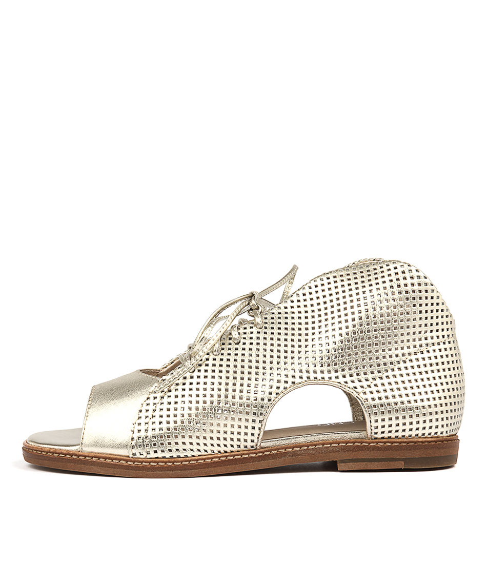 Top End Nissa Pale Gold Casual Flat Sandals