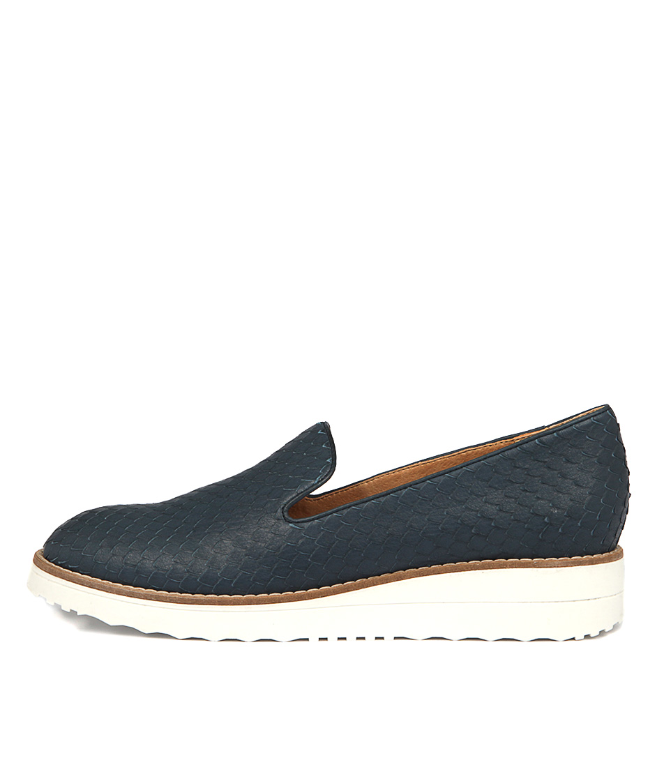 Top End Olus Navy Flat Shoes