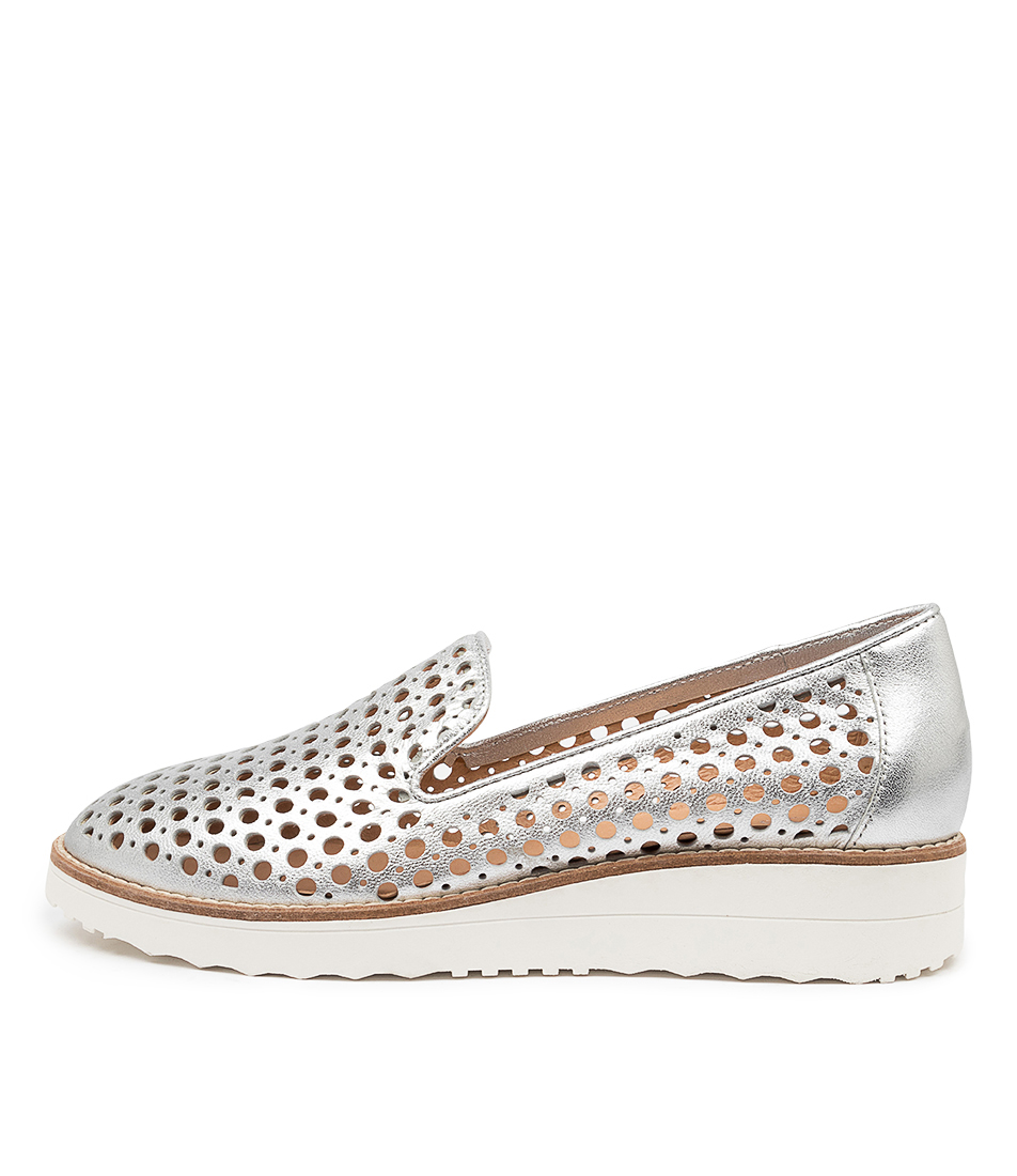 Buy Top End Osta Silver Flats online with free shipping