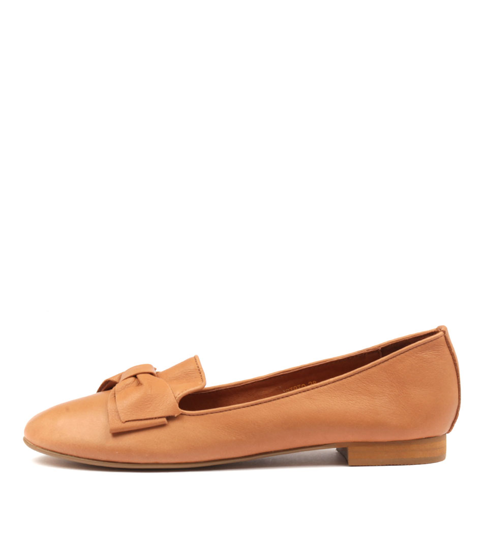 Top End Bibio Dk Tan Flat Shoes