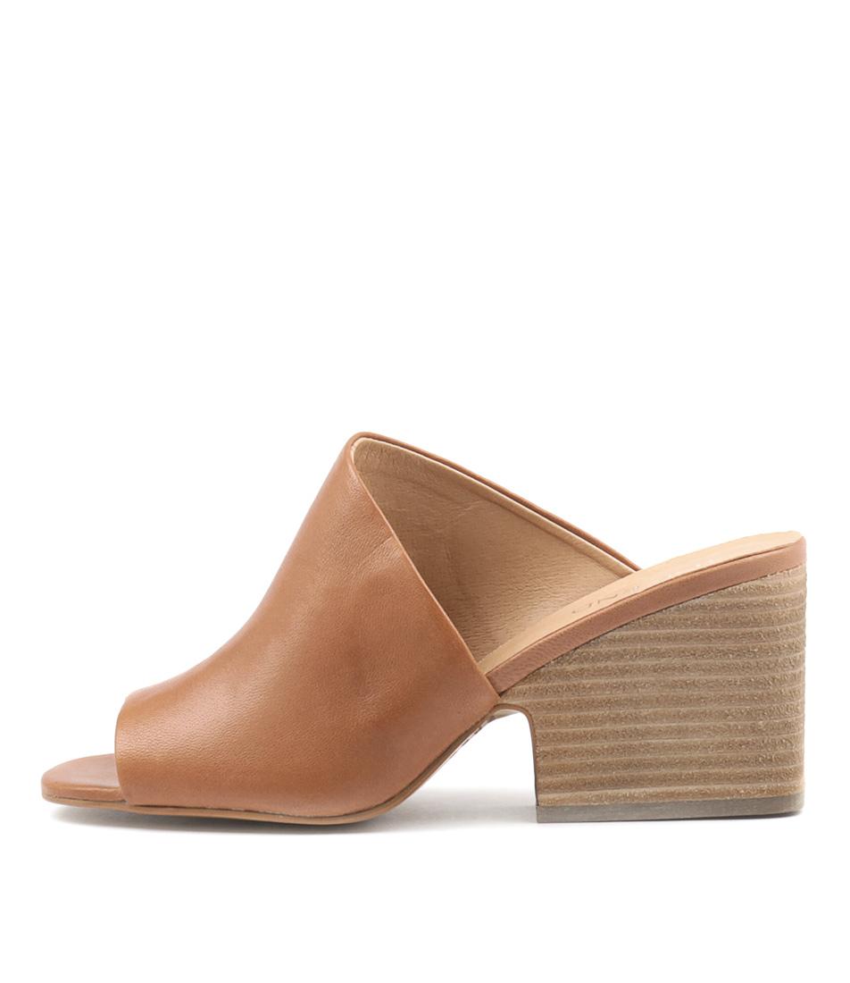 Top End Billys Tan Heeled Sandals