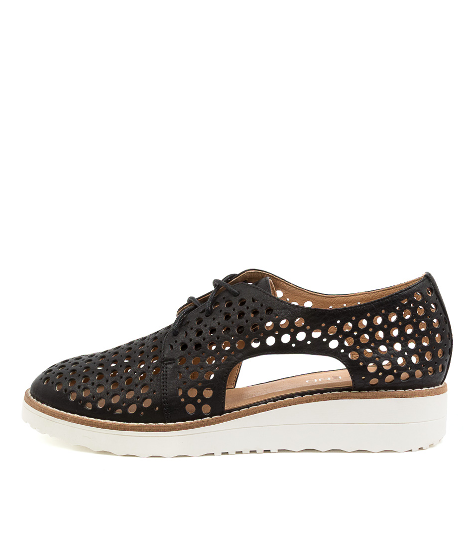 Buy Top End Onstage Black Flats online with free shipping