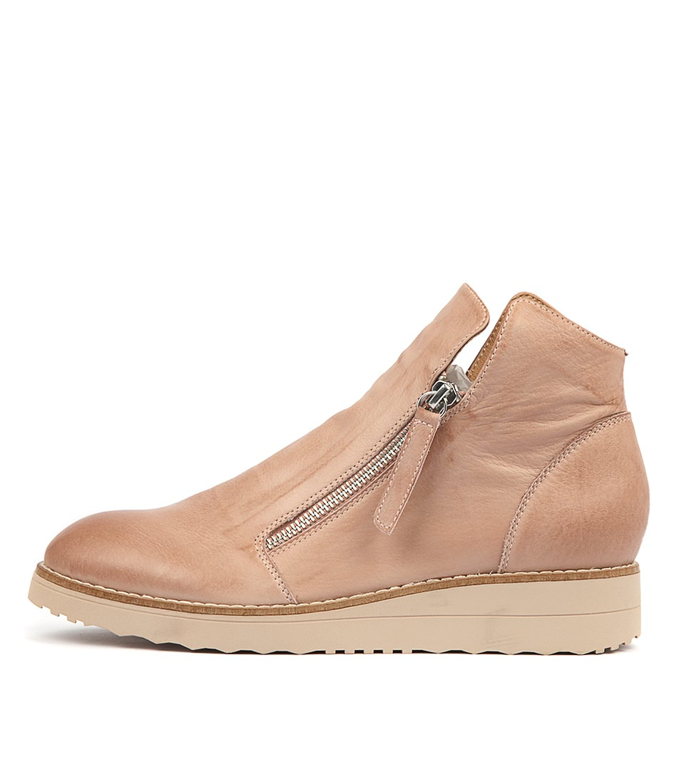 Buy Top End Ohmy Cafe Nude Sole Sneakers online with free shipping