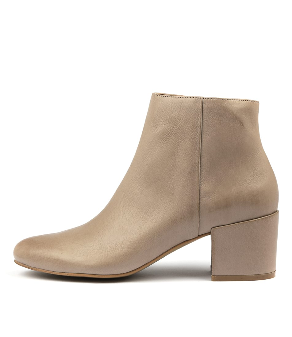 Top End Paulos Smoke Ankle Boots