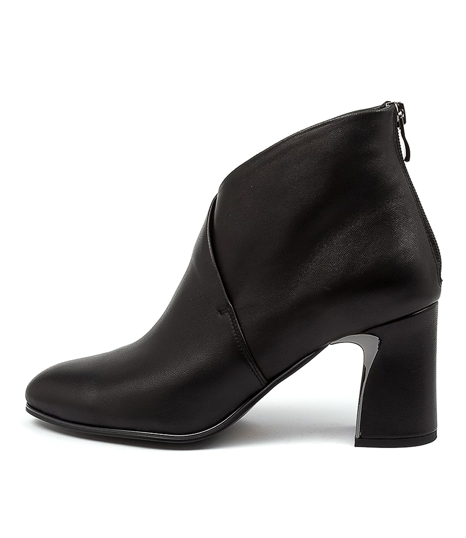 Buy Top End Killian To Black Ankle Boots online with free shipping