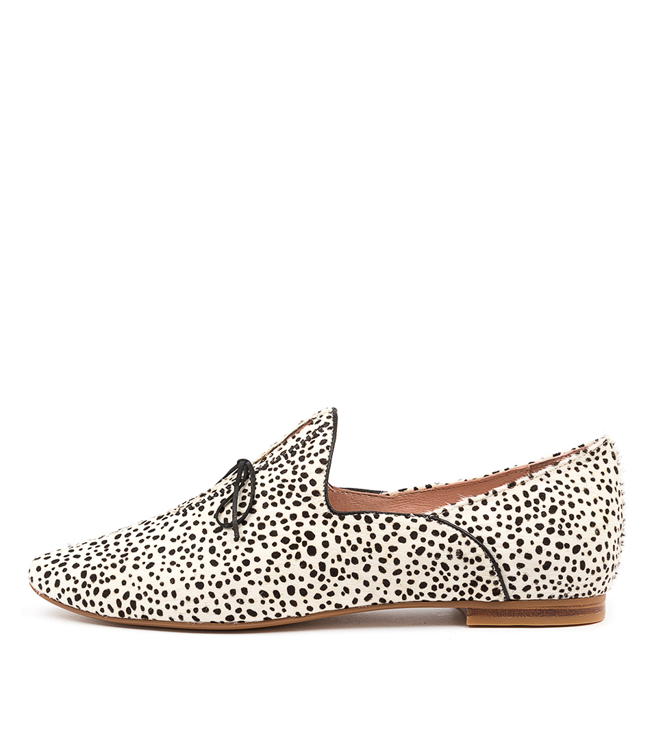 Buy Top End Sommer Black & White Black Flats online with free shipping