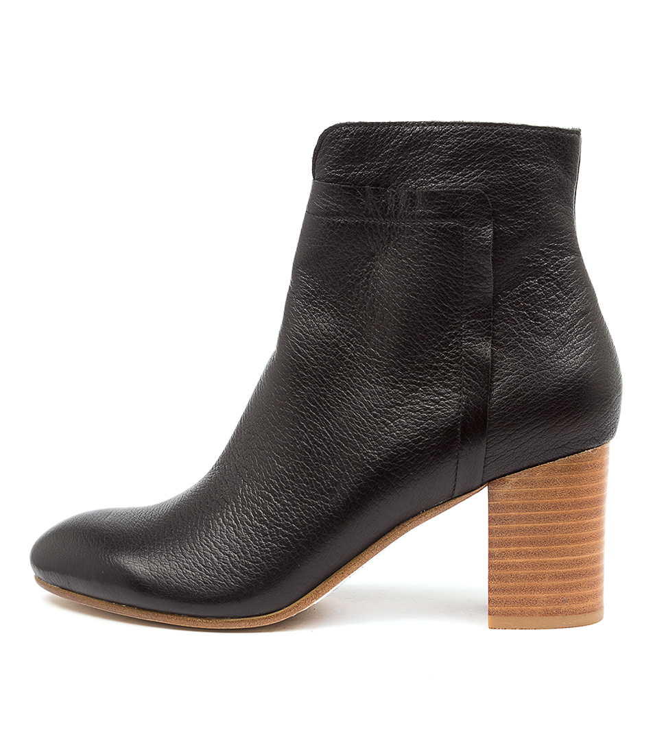 Buy Top End Urarana Black Natural Heel Ankle Boots online with free shipping