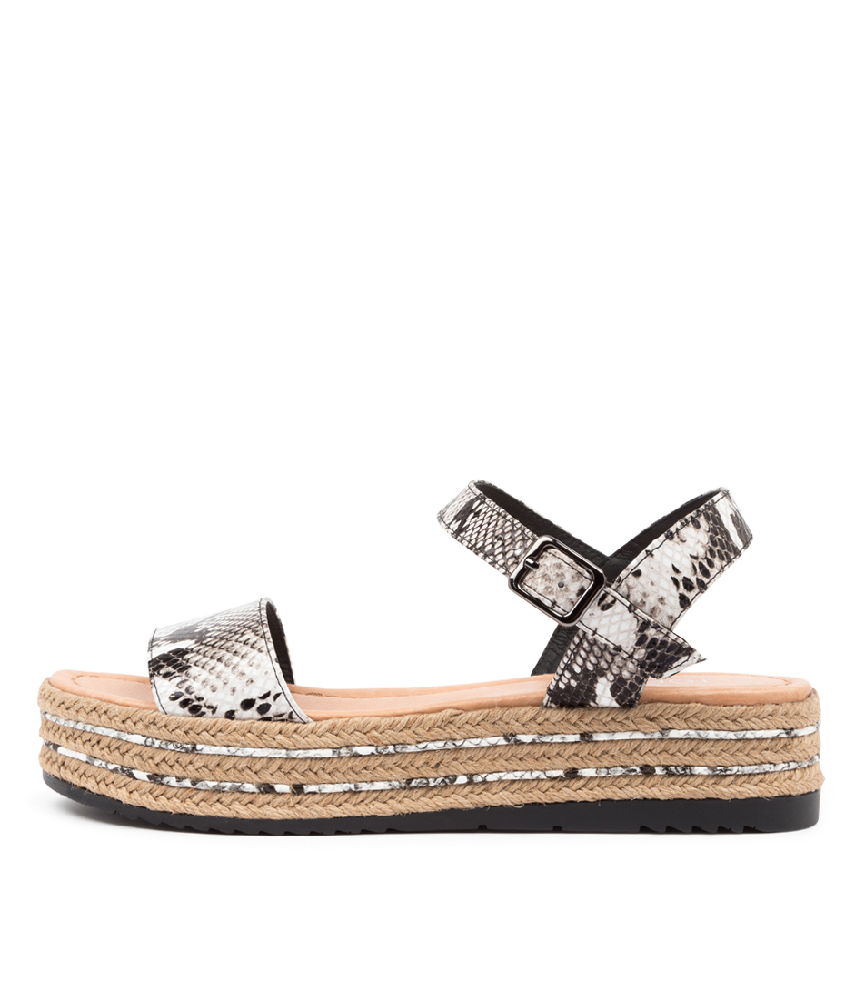 Buy Top End Alethas To Black & White Flat Sandals online with free shipping