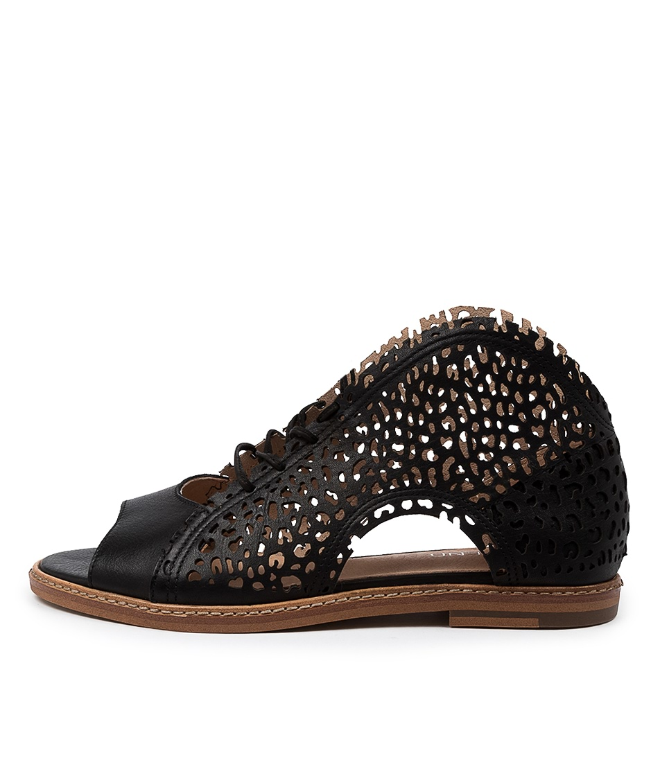Buy Top End Nissary To Black Flat Sandals online with free shipping