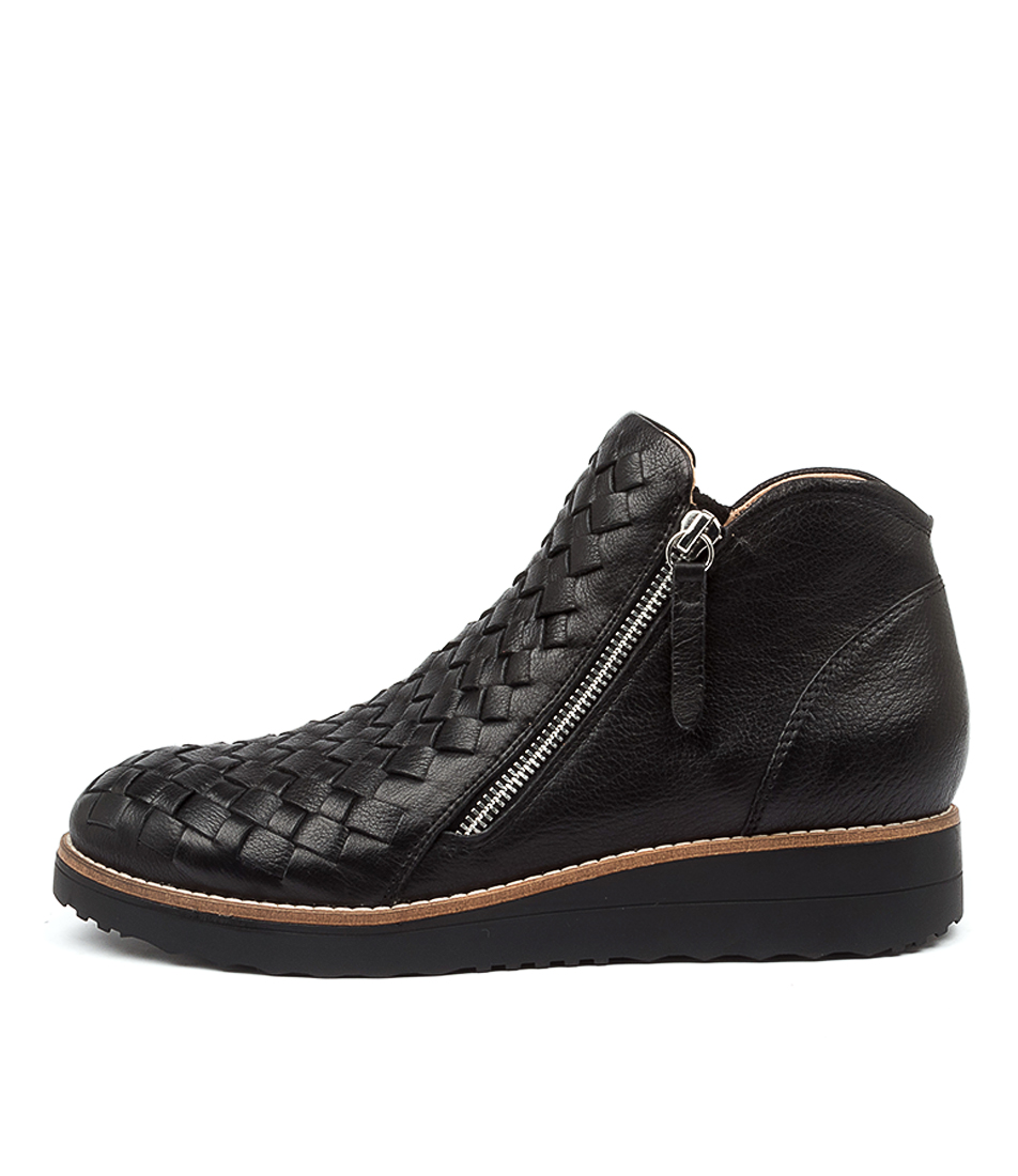Buy Top End Ontop To Black Sole Ankle Boots online with free shipping