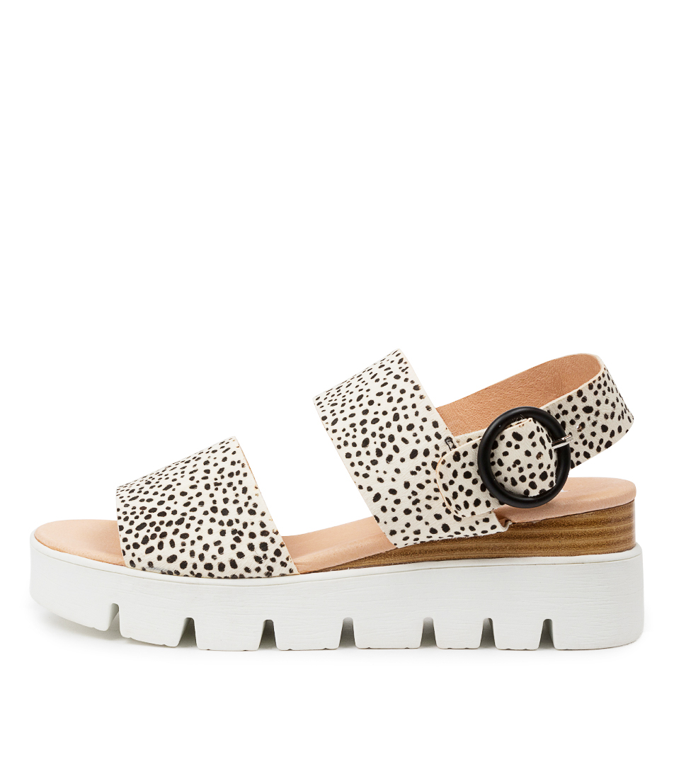 Buy Top End Robbson To Black & White Flat Sandals online with free shipping