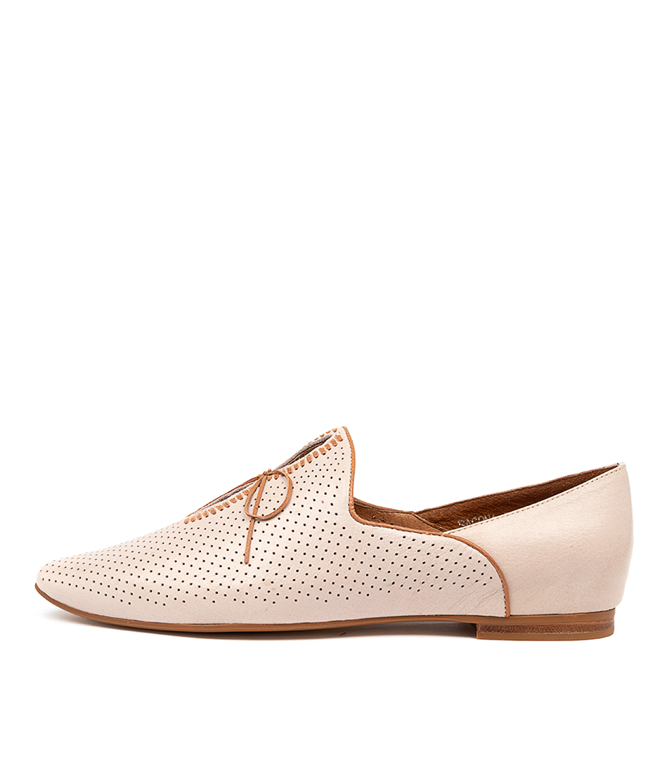Buy Top End Sagona To Nougat Dk Tan Flats online with free shipping