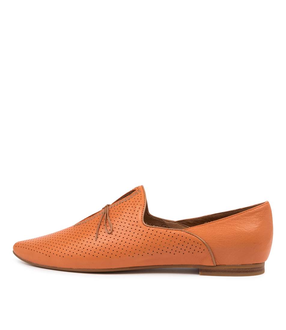 Buy Top End Sagona To Bright Orange Dk Tan Flats online with free shipping