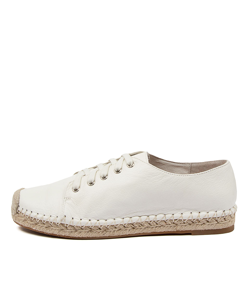 Buy Top End Tolina To White Flats online with free shipping
