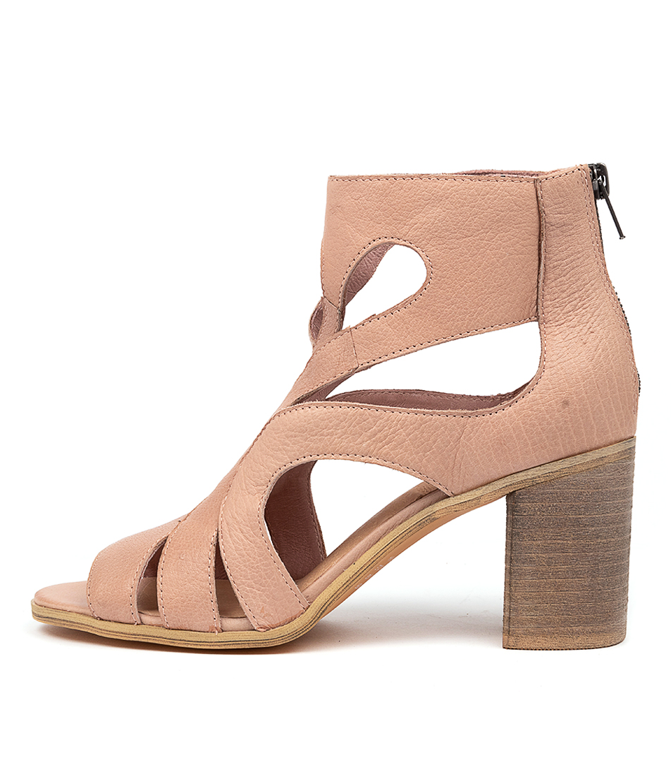 Buy Top End Willien To Cafe Heeled Sandals online with free shipping