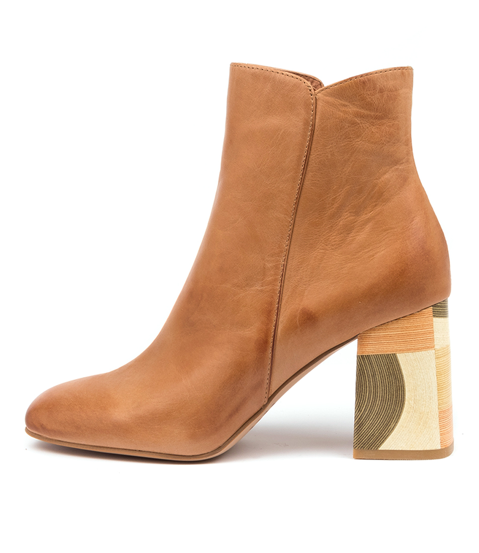 Buy Top End Yearn Djto Tan Ankle Boots online with free shipping