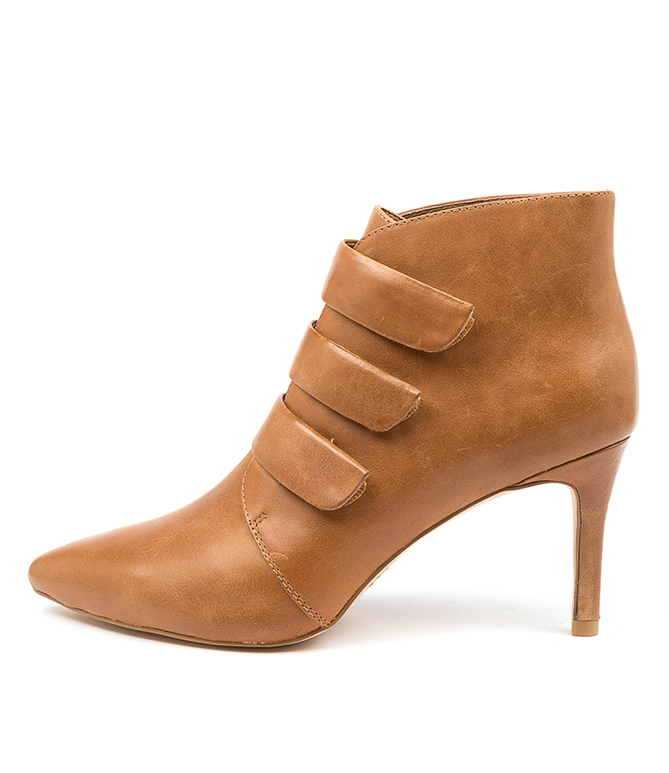 Buy Top End Boston To Tan Ankle Boots online with free shipping